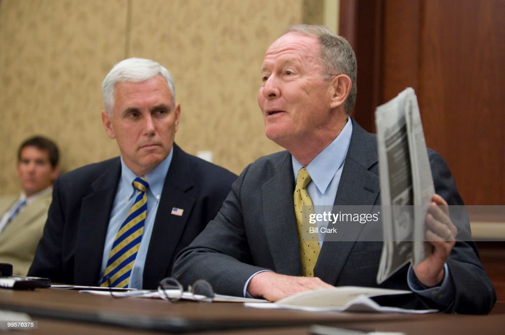 From left, House Republican Conference chair Mike Pence, R-Ind., and Senate Republican Conference chair Lamar Alexander, R-Tenn., hold a pen and pad briefing on the House side of the Capitol Visitors Center on Monday, June 15, 2009.