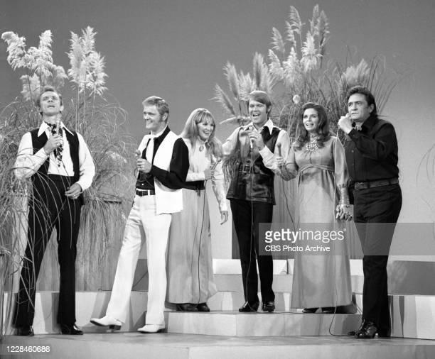 From left is Mel Tillis, Jerry Reed, Jackie De Shannon, Glen Campbell, June Carter, Johnny Cash. Air date November 1, 1970.