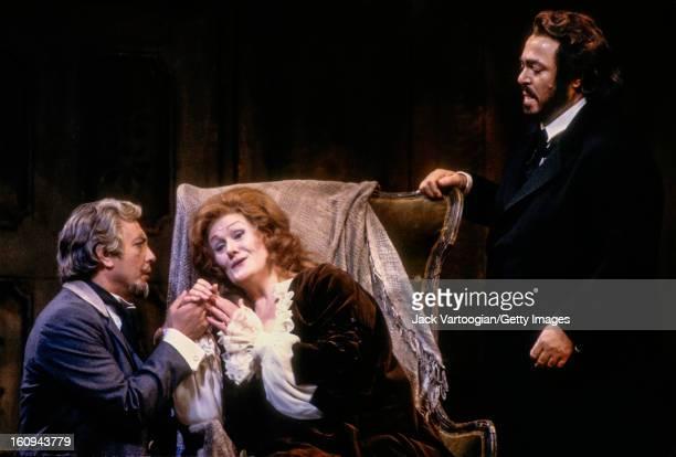 From left Italian baritone Leo Nucci Australian soprano Dame Joan Sutherland as 'Violetta Valery' and Italian tenor Luciano Pavarotti in the...