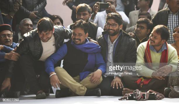 from left Kanhaiya Kumar Vinay Ratan Singh of Bhim Army Dalit leader and Gujarat lawmaker Jignesh Mevani with Akhil Gogoi a peasant leader and RTI...