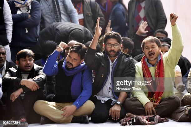 from left Kanhaiya Kumar Vinay Ratan Singh of Bhim Army Dalit leader and Gujarat lawmaker Jignesh Mevani with Akhil Gogoi peasant leader and RTI...