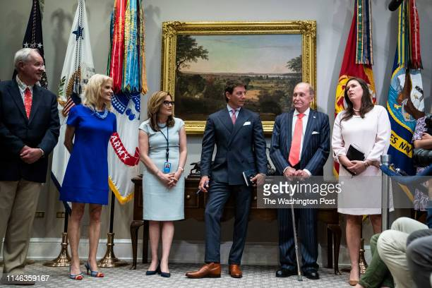 From left Kellyanne Conway Mercedes Schlapp Hogan Gidley Larry Kudlow and Sarah Sanders talk about the previous days meeting with Speaker Nancy...