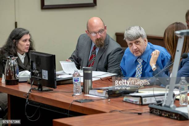 RIVERSIDE CA JUNE 20 2018 From left Louise Turpin attorney John Moore and David Turpin at a preliminary hearing Wednesday in Riverside The Perris...