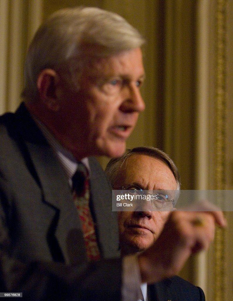 From left, Lt. Gen. Robert G. Gard Jr. (Ret.), speaks as Senate Majority Leader Harry Reid, D-Nev., listens during a news conference on Iraq in the Capitol on Monday, April 16, 2007.