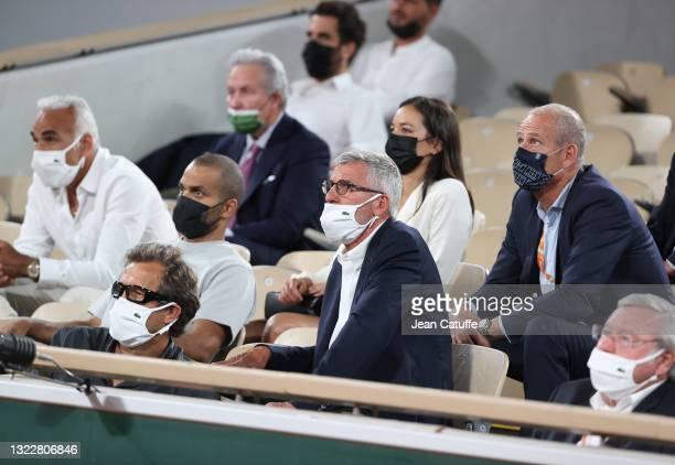 From left, Mansour Bahrami, Fabien Galthie, coach of French rugby team , Mansour Bahrami, Tony Parker, his girlfriend Alize Lim, Gilles Moretton,...