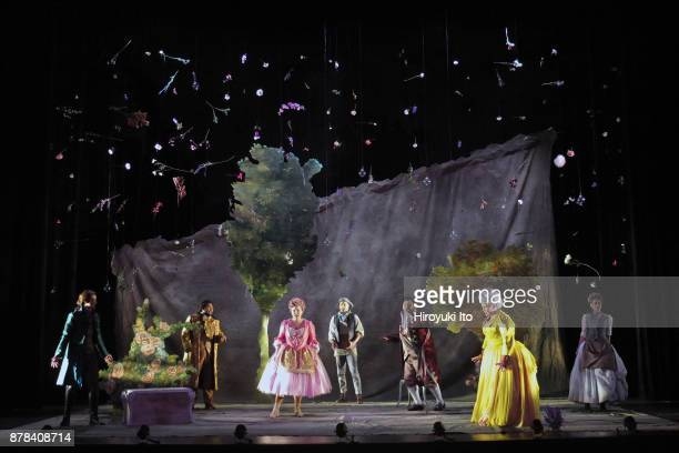 From left Marie Engle Joshua Blue Christine Taylor Price Jacob Scharfman Charles Sy Kathryn Henry and Tamara Banjesevic in Mozart's La finta...