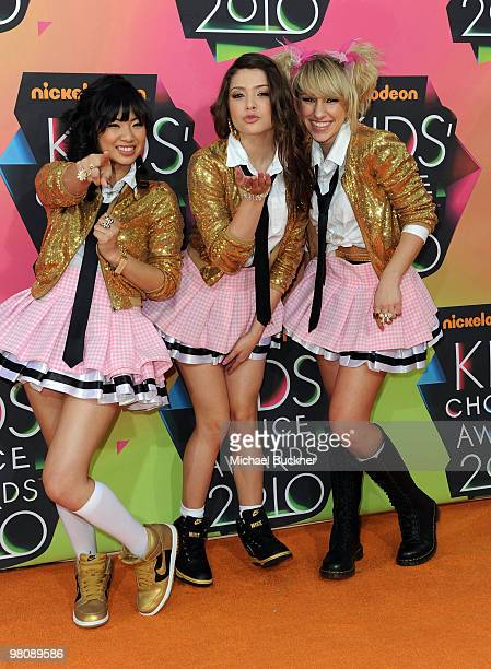 From left Monica Parales Jacque Rae Pyles and Mandy Rain of School Gyrls arrive at Nickelodeon's 23rd Annual Kid's Choice Awards held at UCLA's...