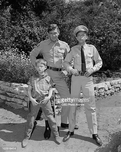 Ron Howard as 'Opie' Taylor Andy Griffith as Sheriff Andy Taylor and Don Knotts as Deputy Barney Fife in episode 'Mr McBeevee' Image dated July 30...