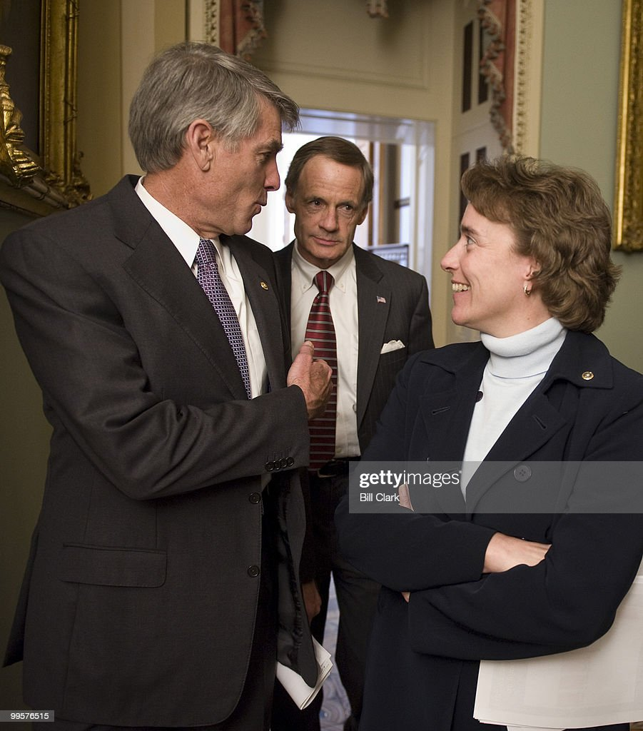 From left, Sen. Mark Udall, D-N.M., Sen. Tom Carper, D-Del., and Sen. Blanche Lincoln, D-Ark., talk in the Ohio Clock Corridor as they leave the weekly Senate Democratic Policy lunch meeting on Tuesday, March 31, 2009.