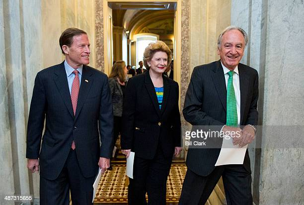 From left Sen Richard Blumenthal DConn Sen Debbie Stabenow DMich and Sen Tom Harkin DIowa arrive for news conference to support minimum wage...