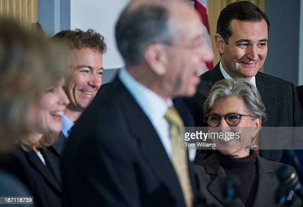 From left, Sens. Kirsten Gillibrand, D-N.Y., Rand Paul, R-Ky., Chuck Grassley, R-Iowa, Barbara Boxer, D-Calif., and Ted Cruz, R-Texas, conduct a new...