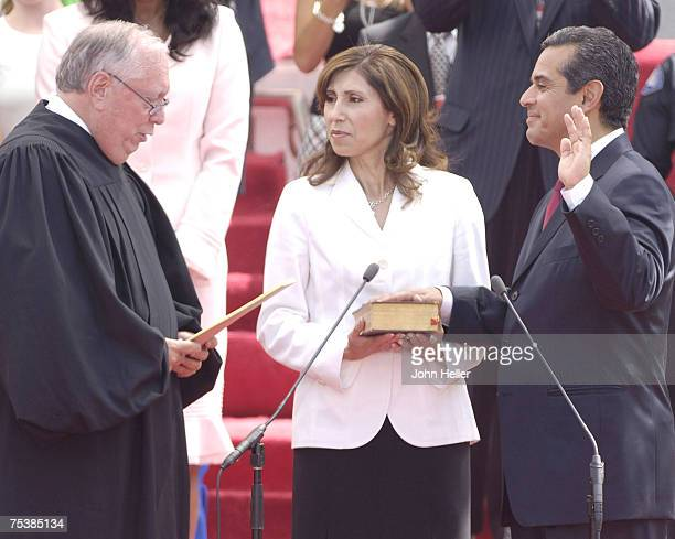 From left The Honorable Stephen Reinhardt Antonio R Villaraigosa Corina Villaraigosa
