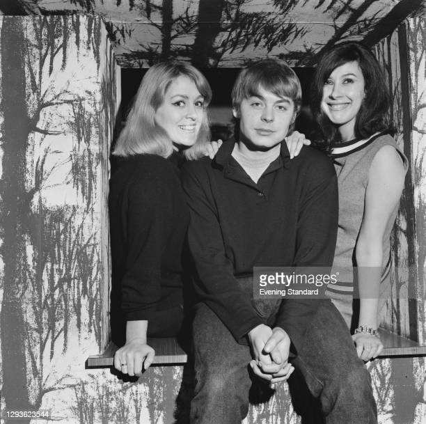From left to right, actors Christine Hargreaves , Hywel Bennett and Barbara Barnett, stars of the Alan Plater play 'A Smashing Day' at the New Arts...