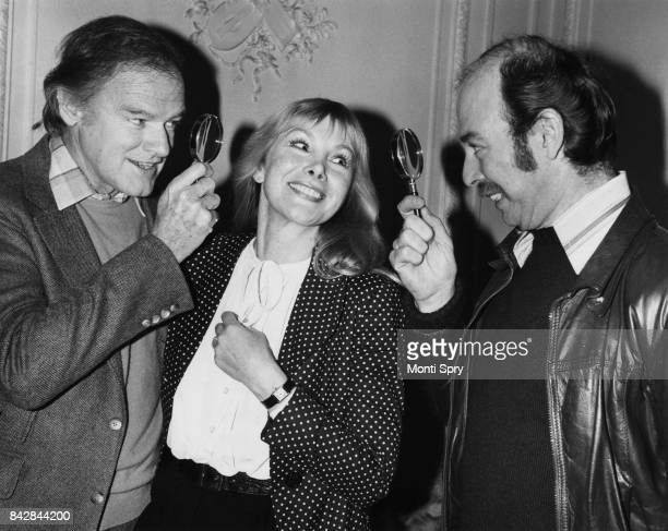 From left to right actors Keith Mitchell Susan Hampshire and Denis Lill at a preview of the Sherlock Holmes mystery 'The Crucifer of Blood' at the...