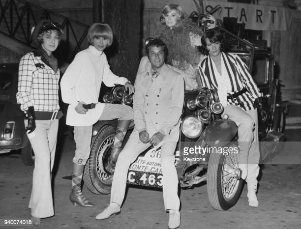 From left to right, actors Marie Dubois, Mireille Darc, Tony Curtis, Susan Hampshire and Nicoletta Machiavelli, the stars of the film 'Monte Carlo or...