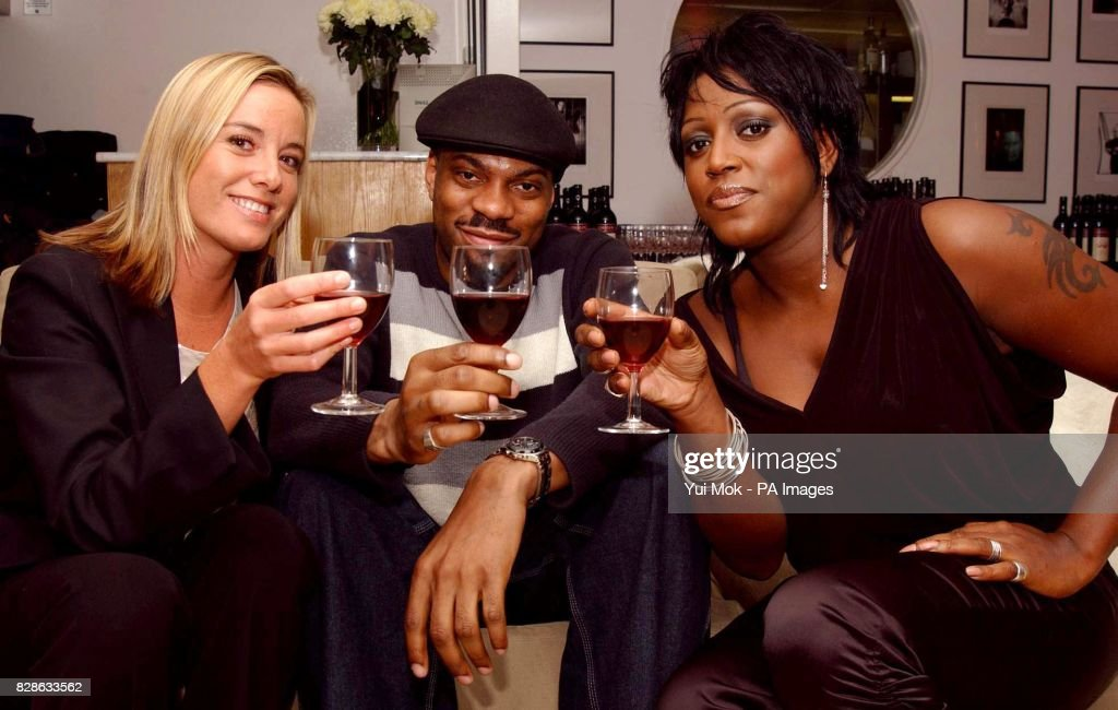 Outhwaite paris blueprint cafe pictures getty images actress tamzin outhwaite dj tony george and singer mica paris share a glass of wine malvernweather Images