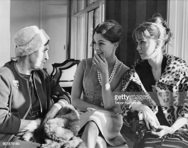 From left to right actresses Fay Compton Claire Bloom and Julie Harris at a reception at the Savoy Hotel in London for the stars of the film 'The...