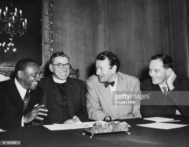 From left to right American jazz musician Lionel Hampton Reverend Canon John Collins Humphrey Lyttelton and Johnny Dankworth at a press conference...