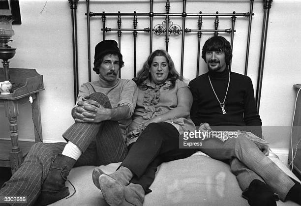 From left to right American musicians John Phillips Mama Cass Elliot and Canadianborn Denny Doherty of the California folk pop group The Mamas and...