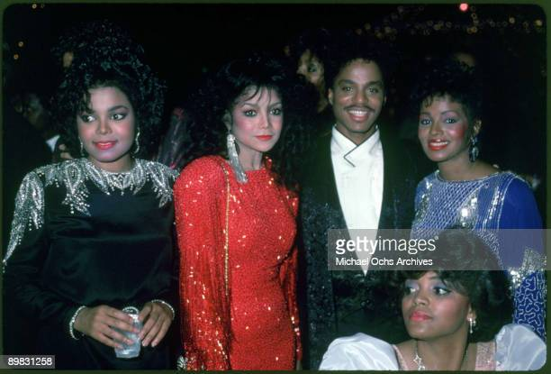 From left to right, American singers Janet, La Toya, Marlon and Rebbie Jackson, circa 1980.