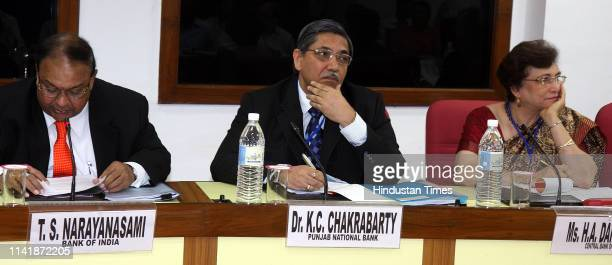From Left to Right Bank of India Chairman TS Narayanasami Punjab National Bank Chairman DrKCChakrabarty and Chairman of Central Bank of India...