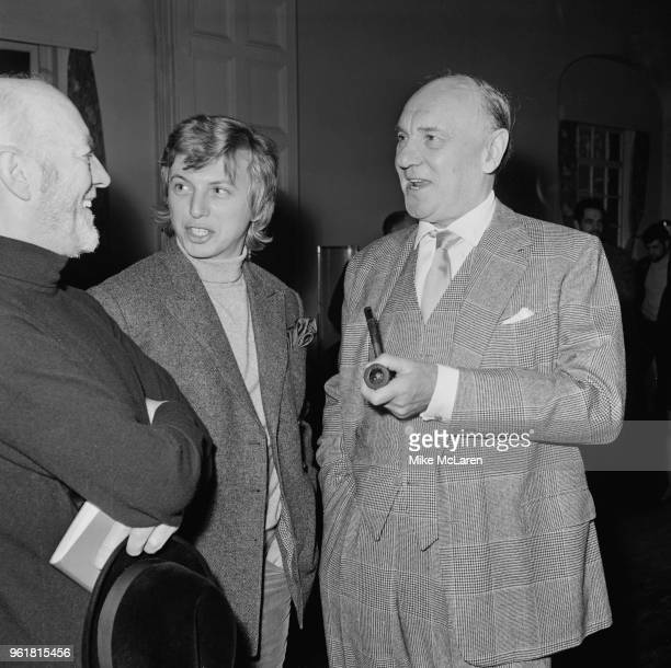 From left to right English actors Alec Guinness Tommy Steele and Sir Ralph Richardson during rehearsals for the ATV television production of...