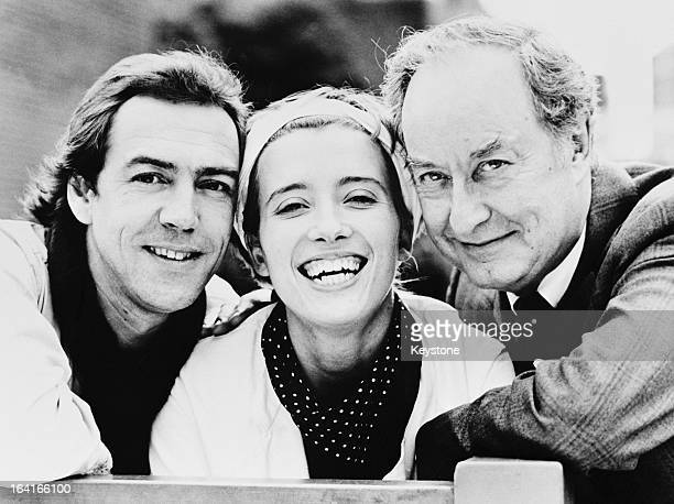 From left to right English actors Robert Lindsay Emma Thompson and Frank Thornton stars of the West End musical 'Me and My Girl' London UK 1984