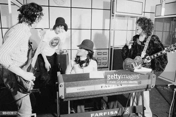 From left to right, guitarist Steve Currie , drummer Davey Lutton, American singer Gloria Jones and British singer Marc Bolan at Scorpio Studios in...