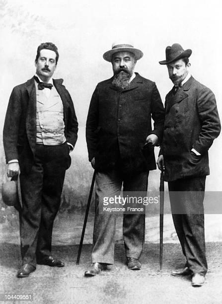 From left to right: Italian composer Giacomo PUCCINI, librettist Luigi ILLICA and Giuseppe GIACOSA around the booklet of La Boheme around 1893.