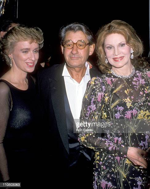 journalist Tina Brown photographer Helmut Newton and singer Phyllis McGuire attend a Just Say Yes Benefit for Phoenix House on March 22 1990 at...