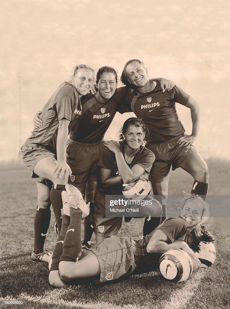 Kristine Lilly, Julie Foudy, Mia Hamm (kneeling), Joy Fawcett, and Brandi Chastain (front).