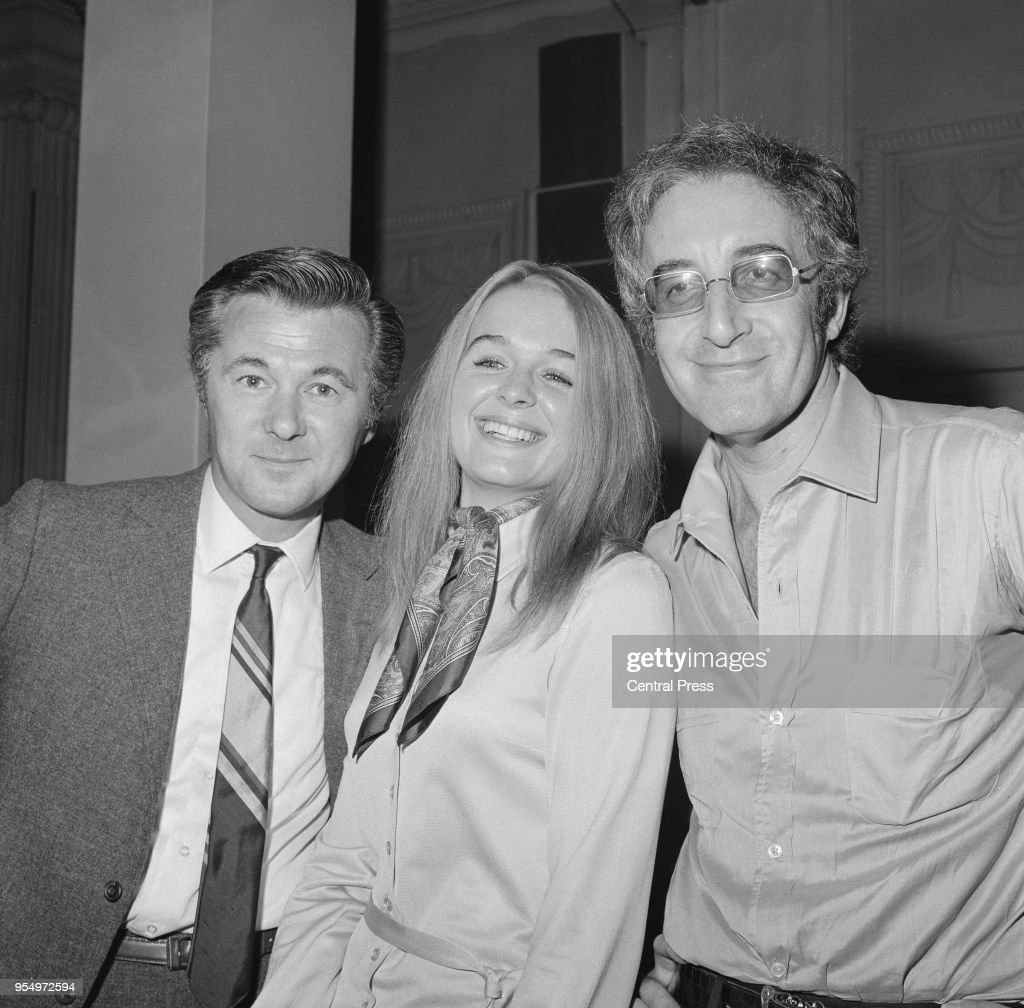 From left to right, producer Bryan Forbes, actress Sinéad Cusack and actor Peter Sellers at a press conference held by the Associated British Picture Corporation at the Court Suite, Grosvenor House, London, 12th August 1969. They are announcing their forthcoming film-making programme, including the movie 'Hoffman', starring Cusack and Sellers.