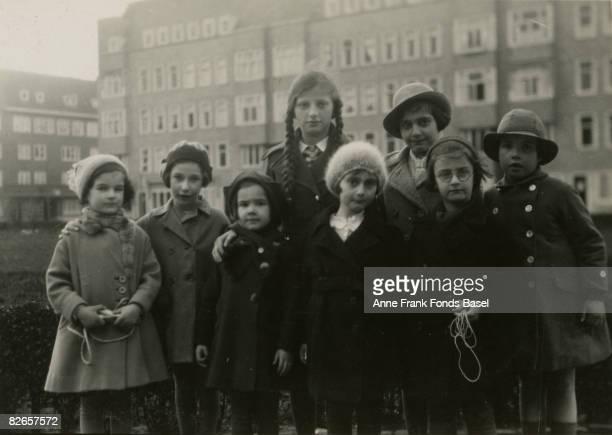 From left to right Sanne Ledermann Hanneli Goslar unknown unknown Anne Frank Margot Frank unknown unknown Merwedeplein Amsterdam circa 1935