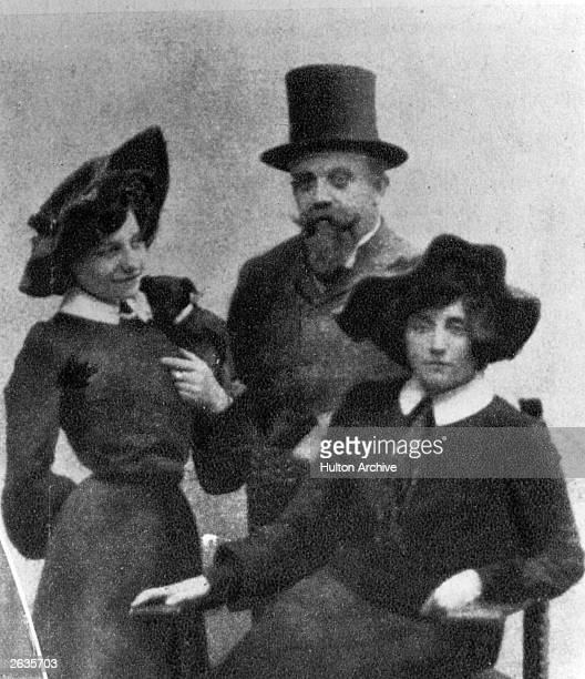 From left to right Sidonie Gabrielle Colette her first husband Henry GauthierVivars who wrote under the penname of 'Willy' and music hall singer...