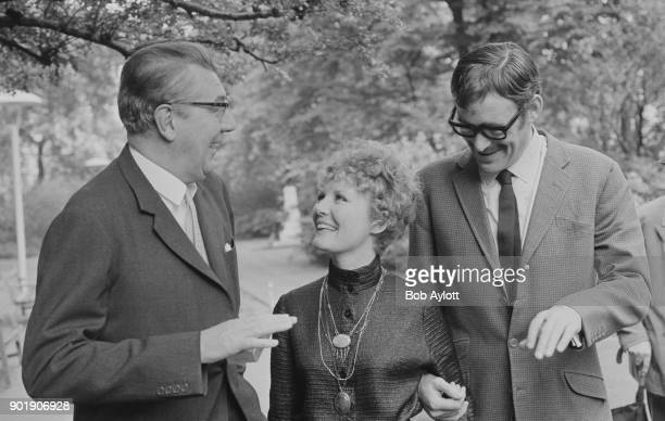 From left to right Sir Michael Redgrave Petula Clark and Peter O'Toole the stars of the new MGM musical film 'Goodbye Mr Chips' during a press...
