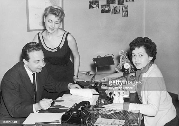 From Left To Right William Maguin The Tv Announcer Jacqueline Huet And Odette Collet In 1958