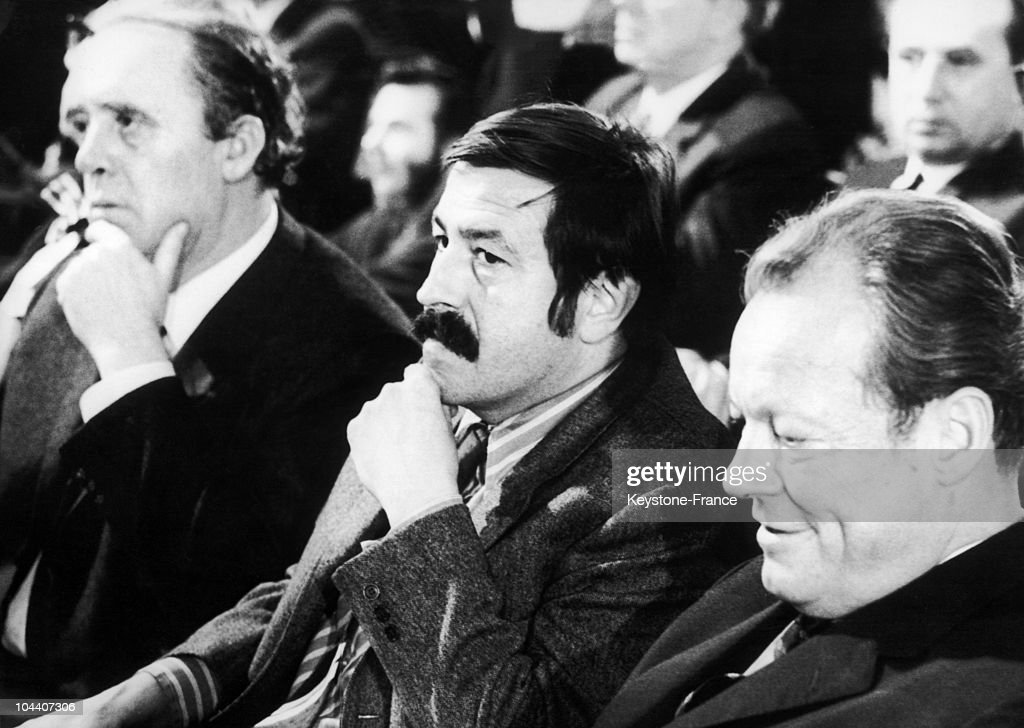 Heinrich Boll, Gunter Grass Et Willy Brandt In Stuttgart In 1970 : News Photo