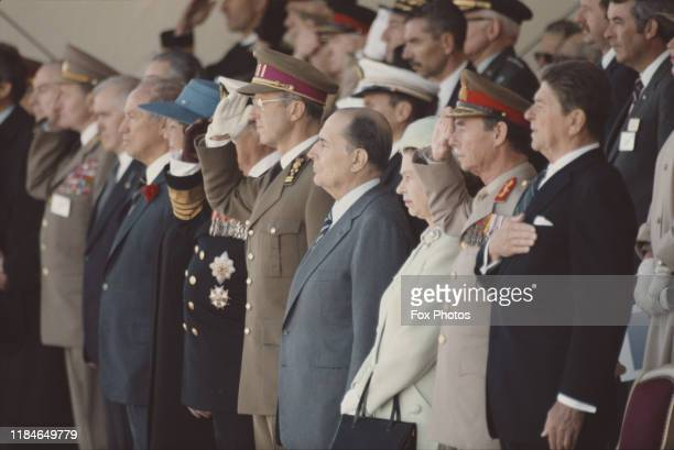 From right to left US President Ronald Reagan Grand Duke Jean of Luxembourg Queen Elizabeth II French President Francois Mitterrand King Baudouin of...