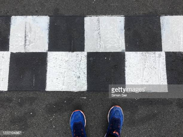 from start to finish - motor racing track stock pictures, royalty-free photos & images