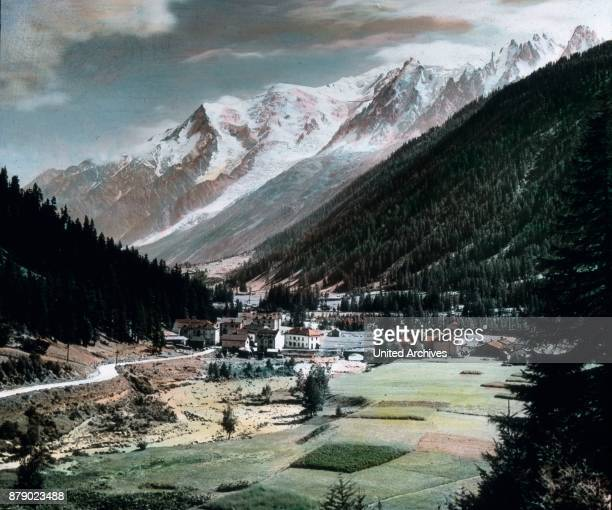 From the Col de Balme we now descend into the valley and reach to frequently marshy paths just before Argentire the road which descends from the...