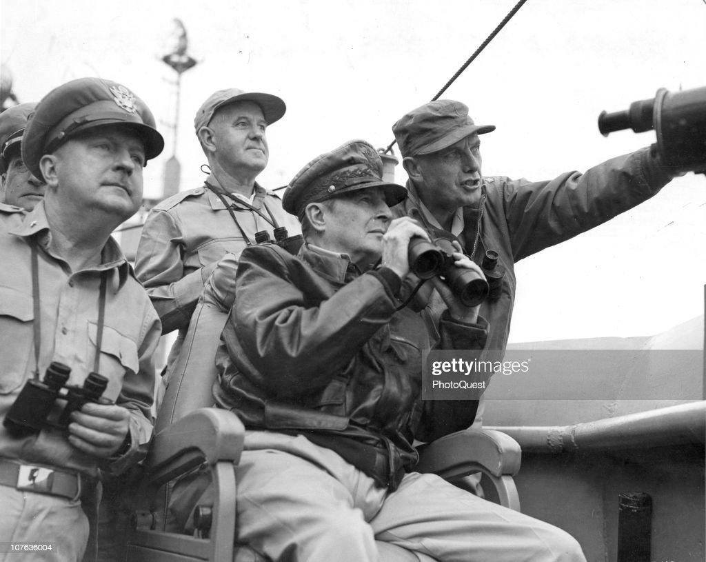 Generals During The Korean War : News Photo
