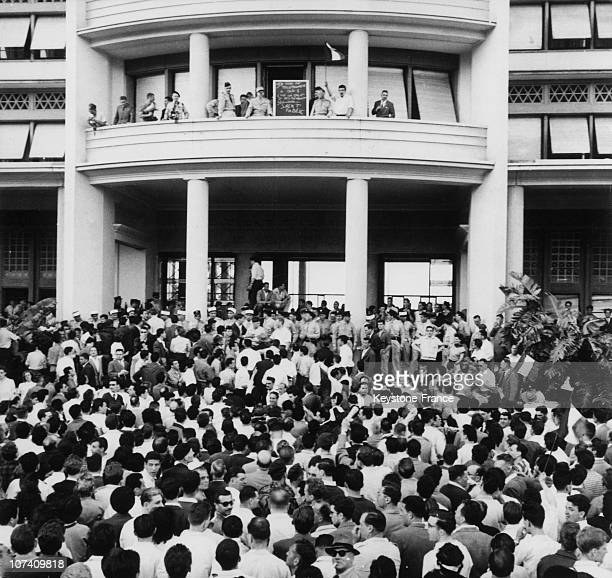 From The Government General Palace Balcony General Raoul Salan Harangues The Crowd During The Comite De Salut Public On May 17Th 1958