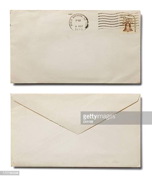 Der Vorder- und Rückseite weiß Umschlag auf weißem Hintergrund