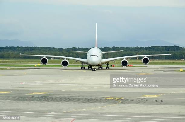 Front, full length view of an Airbus A380