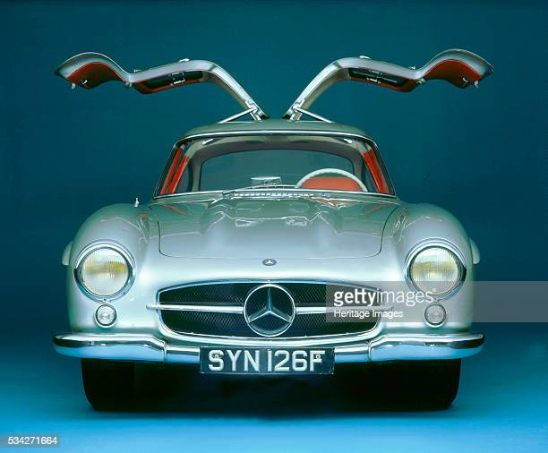 Front View of 1957 Mercedes Benz 300sl Gullwing with doors open 2000