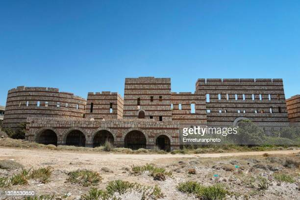 front view of an abandoned building in aegean turkey. - emreturanphoto stock pictures, royalty-free photos & images