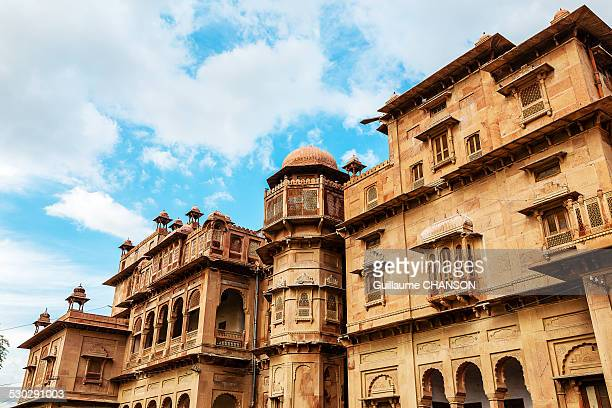 front view of junagarh fort architecture - junagadh stock photos and pictures