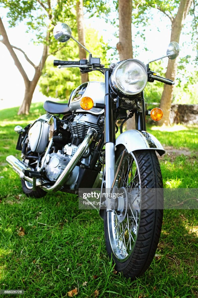 Front view of Royal Enfield Classic 500 motorcycle
