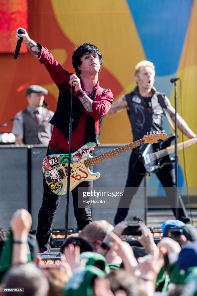 Frontman Billie Joe Armstrong as Green Day perform on ABC's 'Good Morning America' at Central Park on May 19, 2017 in New York City.