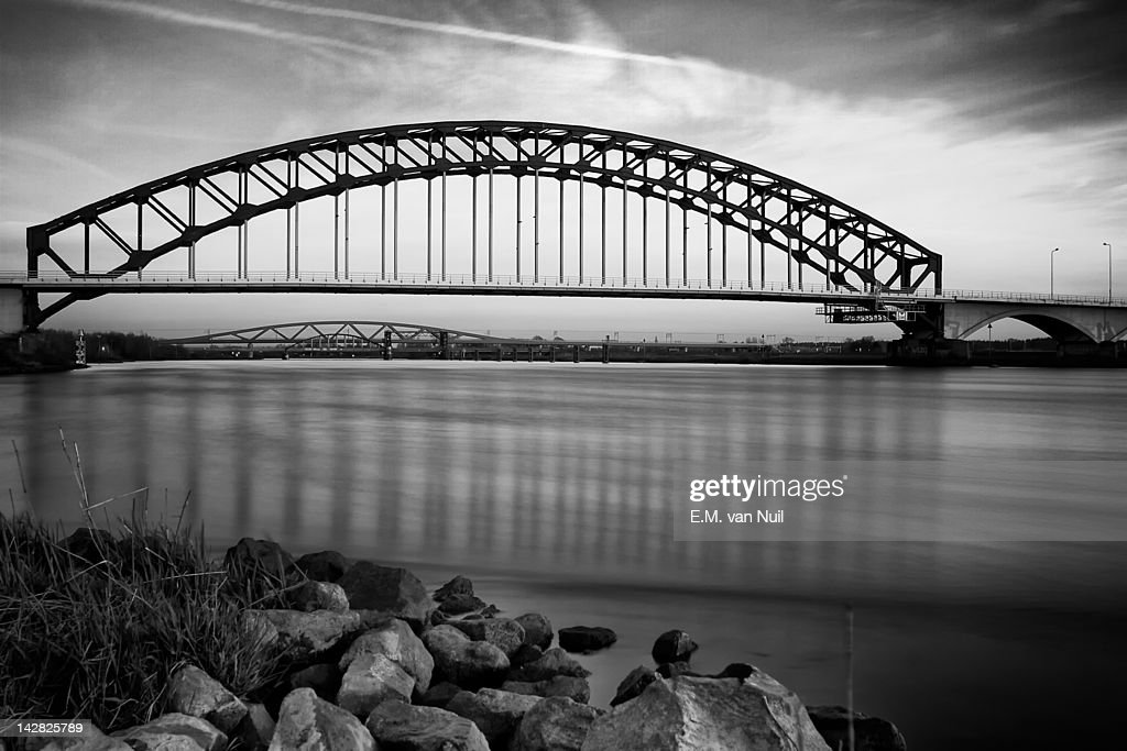 Frozen bridges : Stockfoto